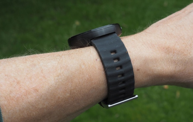 Black band, black watch. They have other colors, too.